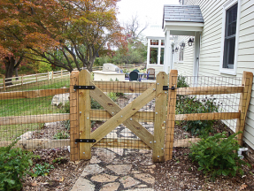 Single-Custom-Wood-Gate